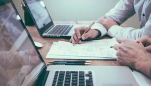 Moduł DMS: jak działa system zarządzania dokumentami?